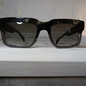 PRADA sleek n stylish sunglasses